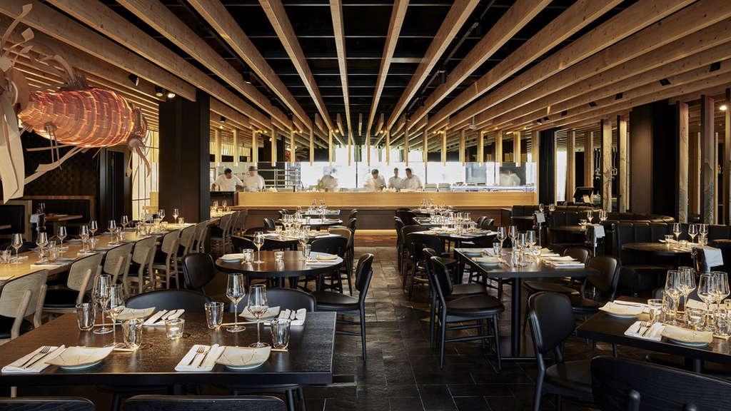 roomers hotel m nchen extravagant essen und feiern bars. Black Bedroom Furniture Sets. Home Design Ideas