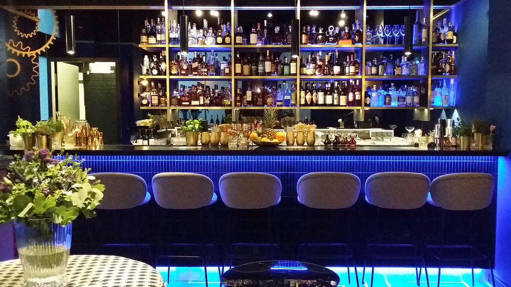 Contemporary Bar Eröffnung München | Bars