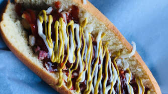 Hot Dog mit Hard Rock